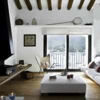яркий стиль комнаты в греческом стиле картинка