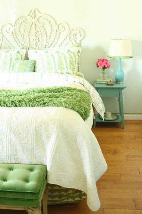 яркий дизайн комнаты в весеннем стиле