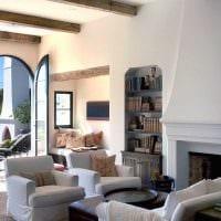 необычный интерьер квартиры в средиземноморском стиле картинка