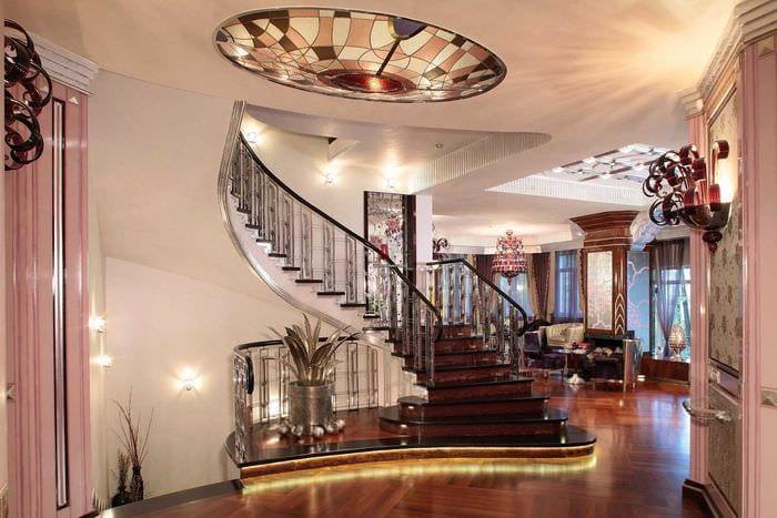 яркий дизайн дома в стиле модерн