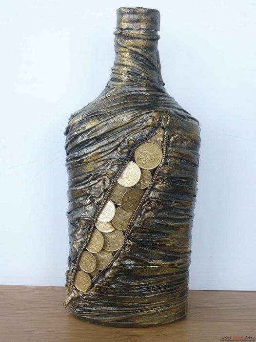 красивое оформление бутылок для интерьера комнаты