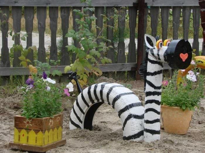 Как сделать садовые украшения своими руками 3