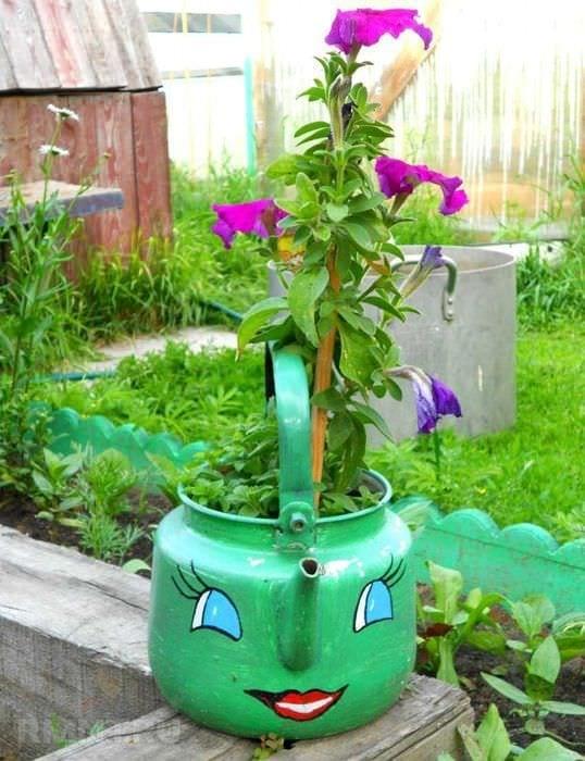 Как сделать сад красивым своими руками из подручных материалов