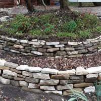 оригинальное оформление декора загородного дома камнями картинка