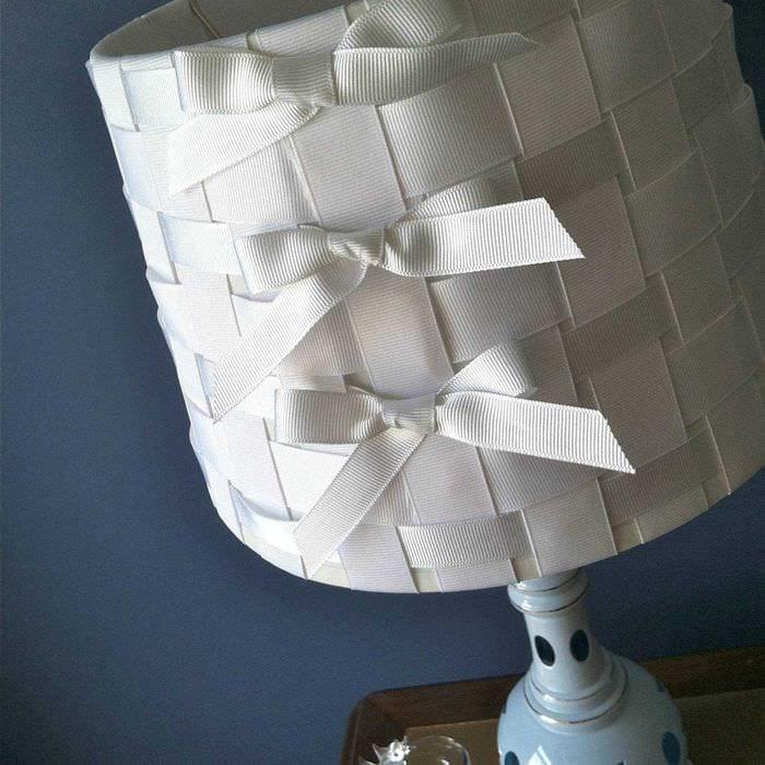 яркое украшение абажура лампы своими руками
