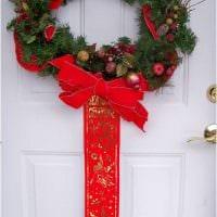 необычное декорирование дверей своими руками картинка