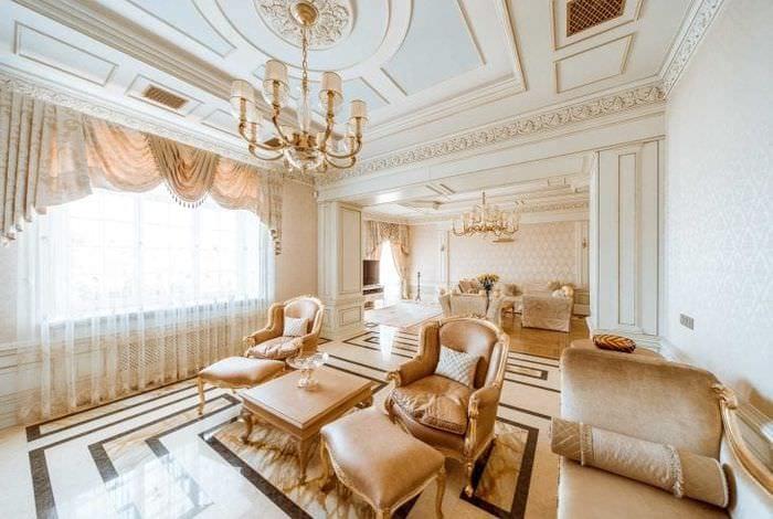 необычный дизайн дома в викторианском стиле
