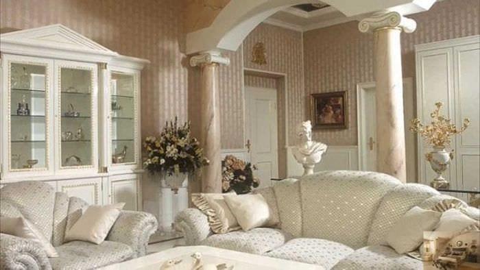 яркий стиль спальни в греческом стиле