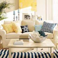 яркий дизайн гостиной в средиземноморском стиле фото