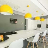 необычный дизайн комнаты в горчичном цвете картинка