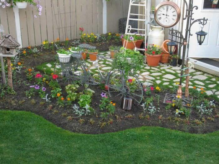 Украшение своими руками огорода