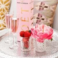 необычное украшение комнаты подручными материалами на день святого валентина картинка