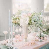оригинальное украшение свадебного зала цветами фото