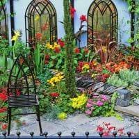 красивое оформление декора загородного дома цветами картинка