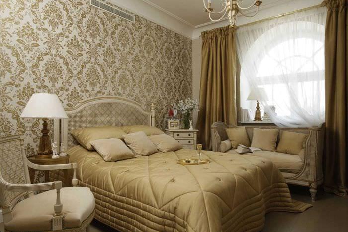 яркий дизайн квартиры в стиле ампир