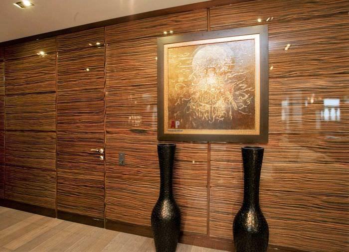 необычный дизайн комнаты со стеновыми панелями