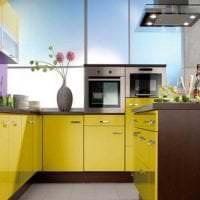 сочетание светлого оранжевого в декоре дома с другими цветами фото