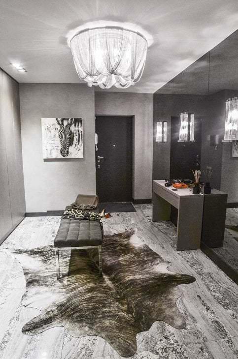 сочетание светлого серого цвета в дизайне спальни
