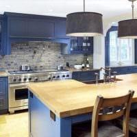 сочетание ярких оттенков в интерьере кухни фото