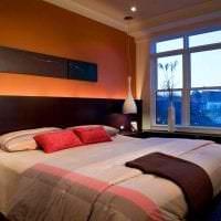 сочетание темного оранжевого в дизайне комнаты с другими цветами картинка