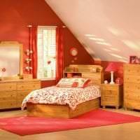 сочетание темного розового в интерьере комнаты с другими цветами фото