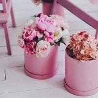 сочетание яркого розового в интерьере спальни с другими цветами картинка
