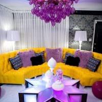 сочетание ярких цветов в стиле спальни картинка