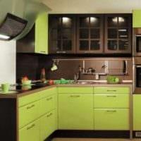 комбинирование светлых тонов в декоре кухни фото
