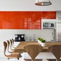 сочетание светлого оранжевого в стиле гостиной с другими цветами фото