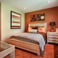 сочетание яркого оранжевого в стиле квартиры с другими цветами фото