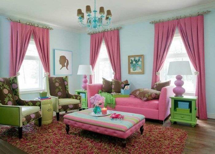 сочетание темного розового в стиле дома с другими цветами