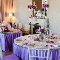 светлое декорирование свадебного зала ленточками фото