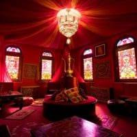 яркий стиль спальни в восточном стиле картинка