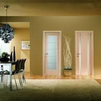 темные двери в стиле квартиры картинка