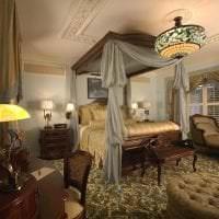 необычный стиль спальни в викторианском стиле картинка