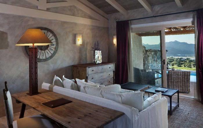 яркий дизайн квартиры в средиземноморском стиле