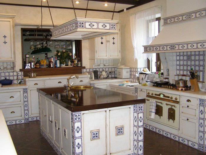 оригинальный дизайн гостиной в стиле прованс