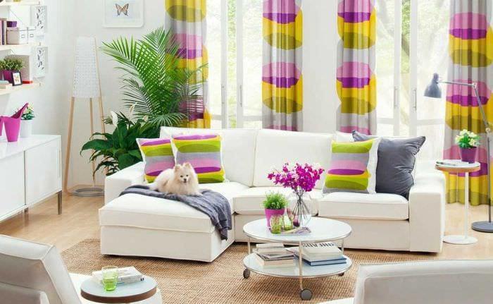 красивый декор квартиры в весеннем стиле