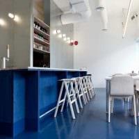 яркий стиль комнаты в голубом цвете фото