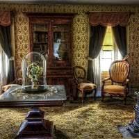 светлый стиль гостиной в викторианском стиле фото