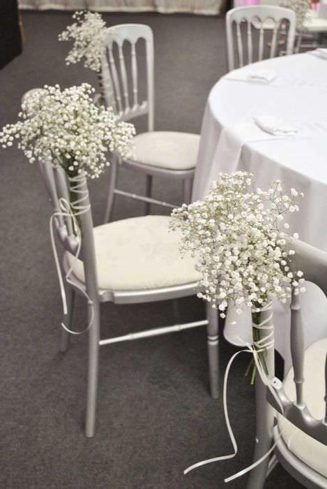 идея оригинального декорирования стульев