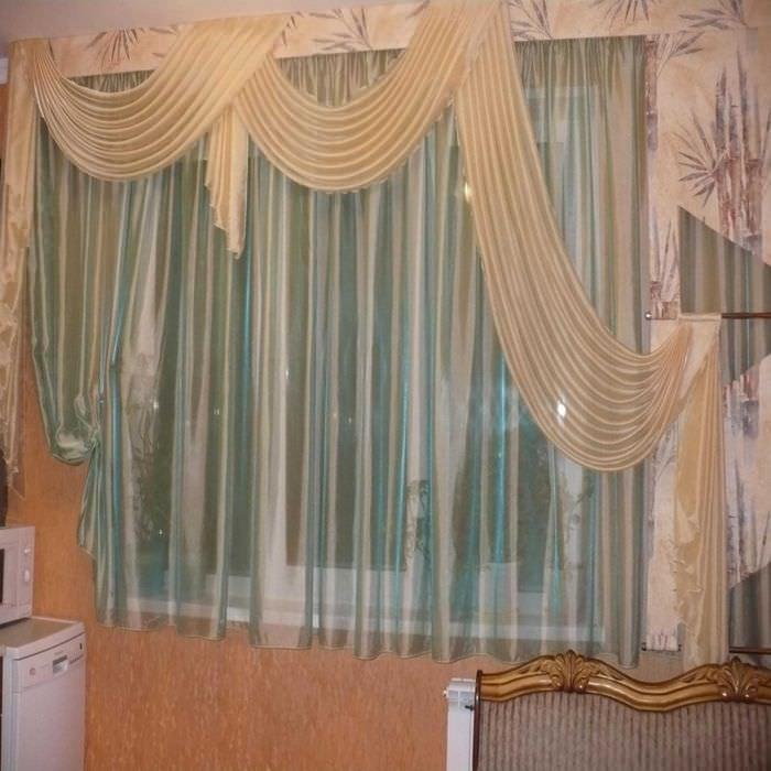 идея оригинального декорирования штор своими руками