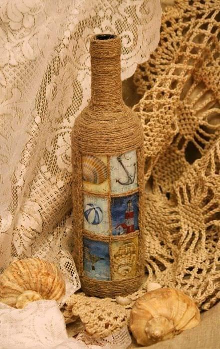 вариант яркого украшения стеклянных бутылок шпагатом