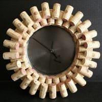 вариант необычного украшения настенных часов своими руками фото