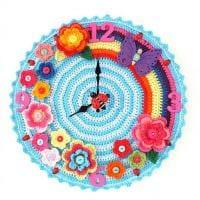 идея необычного декорирования настенных часов своими руками фото