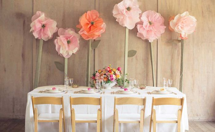 идея красивого декора комнаты бумагой