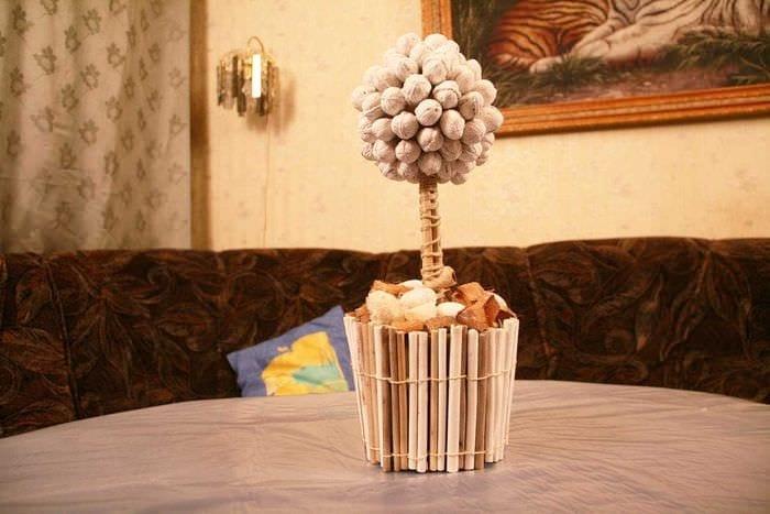 идея красивого декора помещения деревом своими руками