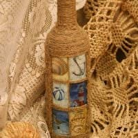 вариант оригинального декорирования стеклянных бутылок шпагатом картинка