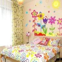 вариант оригинального украшения детской комнаты фото
