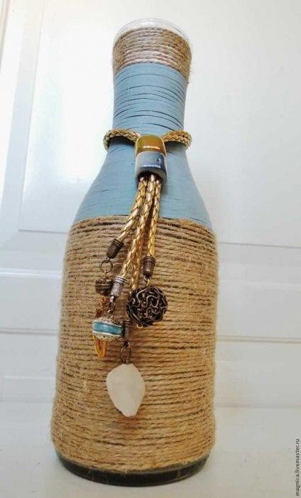 Декор из бутылки своими руками из шпагата